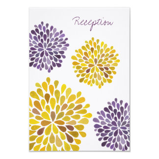 "Flor amarilla púrpura de la dalia de la tarjeta de invitación 3.5"" x 5"""