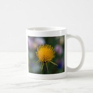 Flor amarilla taza