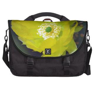 Flor amarilla y significado del cactus bolsas para ordenador