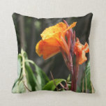 flor anaranjada de la ave del paraíso cojin