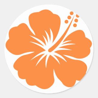 Flor anaranjada del hibisco pegatina redonda