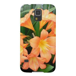 Flor anaranjada del lirio de Bush o lirio natal Carcasa De Galaxy S5