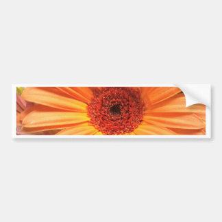 Flor anaranjada del ramo pegatina para auto