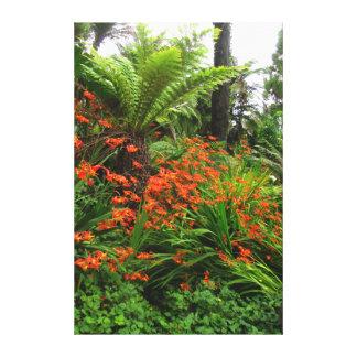 Flor anaranjada hermosa impresión en lienzo