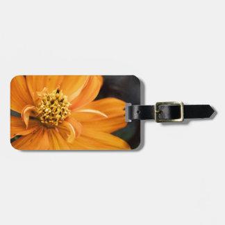 Flor anaranjada (regalo) etiquetas bolsas