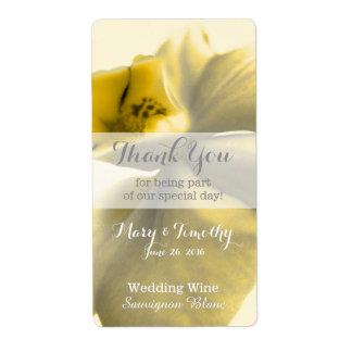 Flor artística en tonos amarillos - vino del boda etiqueta de envío