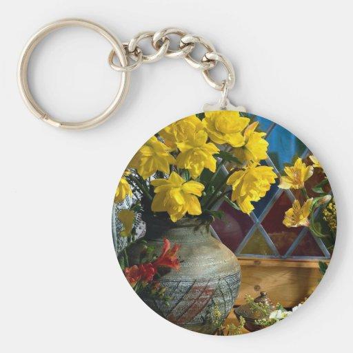 Flor, aún vida por la ventana llaveros personalizados
