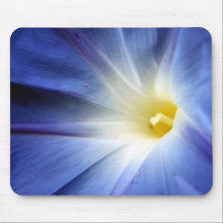 flor azul alfombrilla de raton