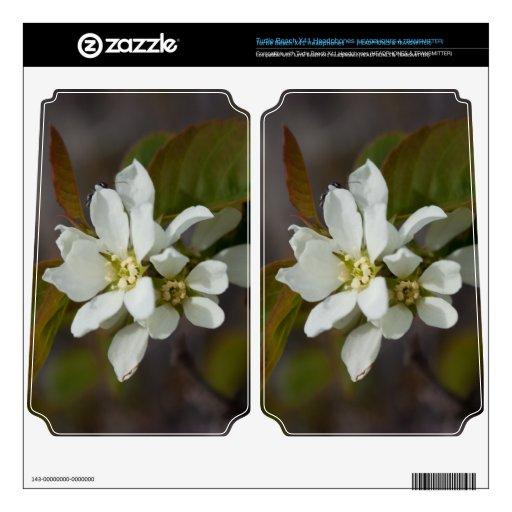 Flor blanca con la hormiga turtle beach x41 skin