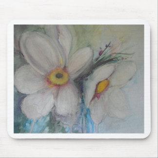 Flor blanca de la acuarela alfombrilla de raton
