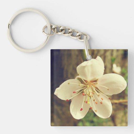 Flor blanca del árbol llavero cuadrado acrílico a doble cara