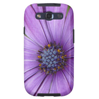 Flor bonita del jardín con los pétalos púrpuras galaxy SIII carcasa