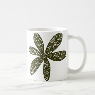 Flor bonita - verde vergonzoso taza clásica