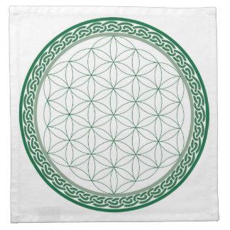 Flor céltica de la rejilla del cristal de la abund servilletas