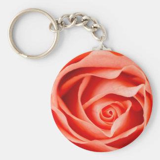 Flor color de rosa anaranjada llavero redondo tipo pin