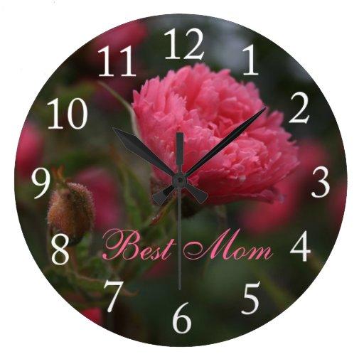Flor color de rosa salvaje rosada. La mejor mamá Reloj Redondo Grande
