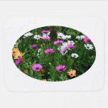 flor coloreada multi del campo de las margaritas d manta de bebé