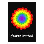 Flor colorida brillante en colores del arco iris invitaciones personalizada