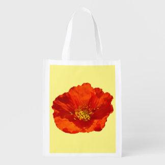 Flor colorida de la amapola roja de Alaska Bolsa Reutilizable