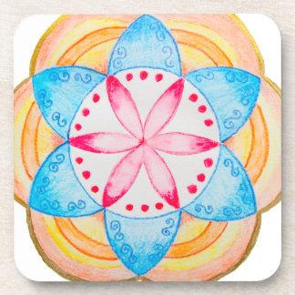 Flor colorida de la mandala pintada a mano posavaso