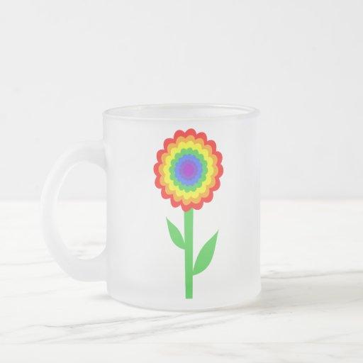 Flor colorida en colores del arco iris taza cristal mate