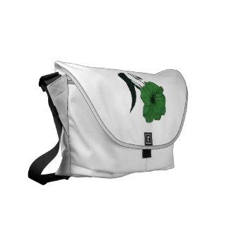 Flor colorized verde mexicano de la petunia bolsas de mensajeria