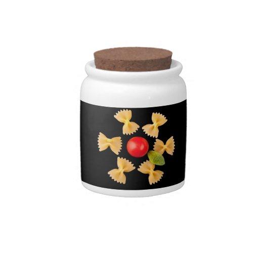 Flor creativa de las pastas platos para caramelos