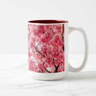 Flor de cerezo japonesa (2013) taza de dos tonos