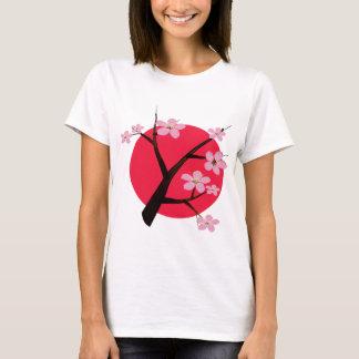 Flor de cerezo japonesa bonita playera