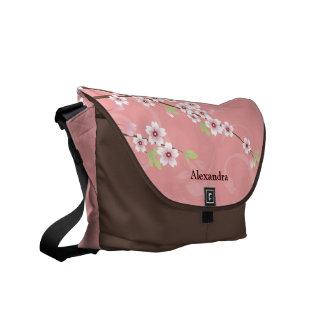 Flor de cerezo rosada suave bolsas messenger
