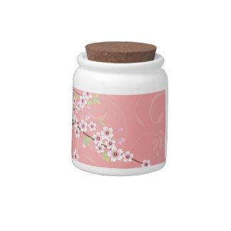 Flor de cerezo rosada suave plato para caramelo