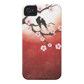 Flor de cerezo Sakura y pájaros del amor Case-Mate iPhone 4 Protector