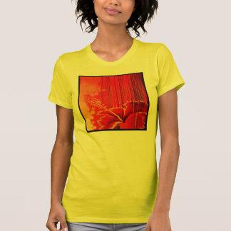 Flor de Deco del haitiano Camisetas