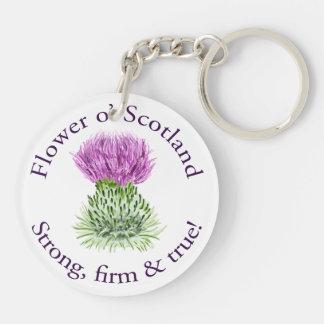 Flor de Escocia. ¡Fuerte, firme y verdad! Llavero Redondo Acrílico A Doble Cara