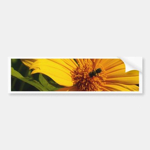Flor de la abeja pegatina para auto