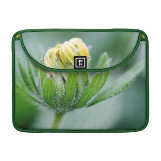 Flor de la abertura de la flor del cono fundas para macbooks