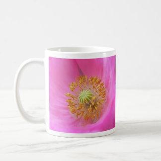 Flor de la amapola de las rosas fuertes taza de café