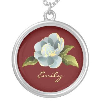 Flor de la magnolia personalizado collar plateado