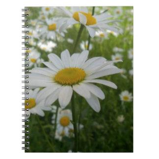 Flor de la margarita spiral notebook