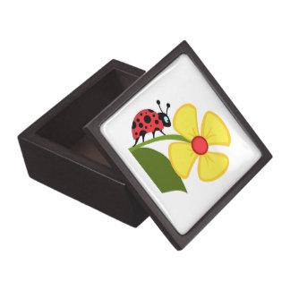 Flor de la mariquita caja de recuerdo de calidad