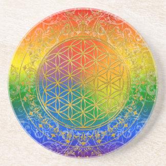 Flor de la vida - oro del arco iris del ornamento posavasos para bebidas
