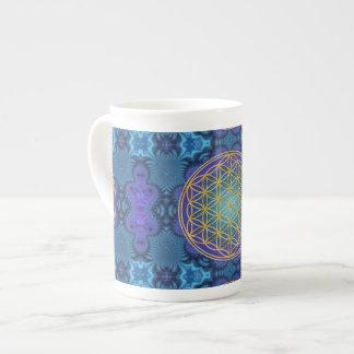 Flor de la vida - oro - fractal 1 taza de porcelana