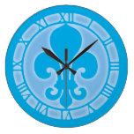 Flor de lis azul relojes de pared