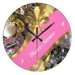 Flor de lis bling del oro reloj redondo grande