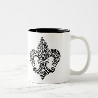 Flor de lis de encaje blanco y negro del vintage taza de dos tonos