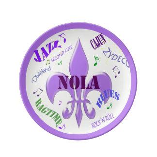 Flor de lis de la música de New Orleans Plato De Cerámica