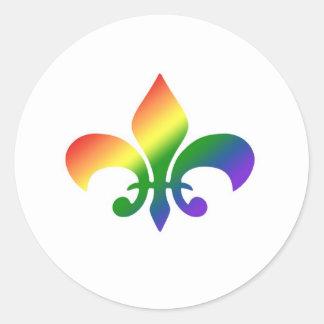 Flor de lis de la pendiente del arco iris pegatina redonda