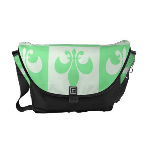 Flor de lis de la verde menta bolsa de mensajeria