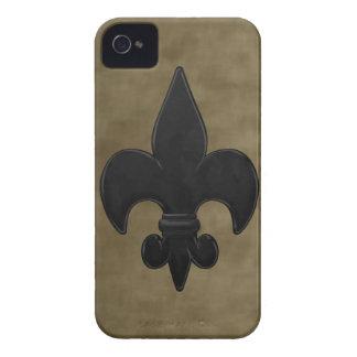 Flor de lis de los santos del terciopelo Case-Mate iPhone 4 protectores
