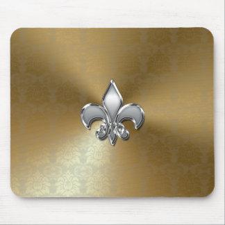 Flor de lis de plata en el damasco del oro tapetes de raton